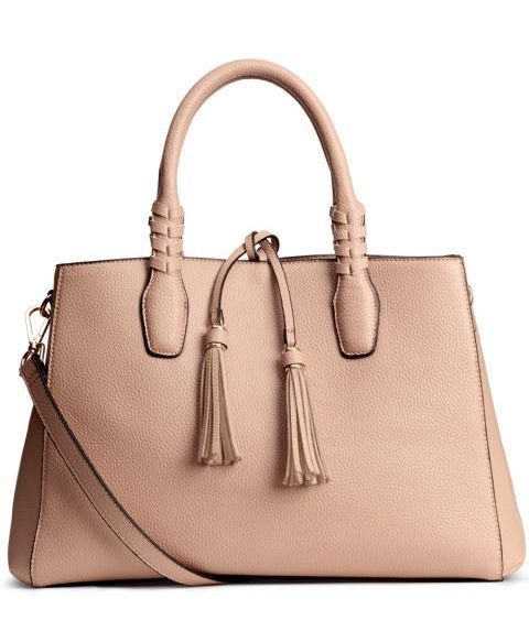 20 зручних стильних сумок, які підходять під будь-який наряд