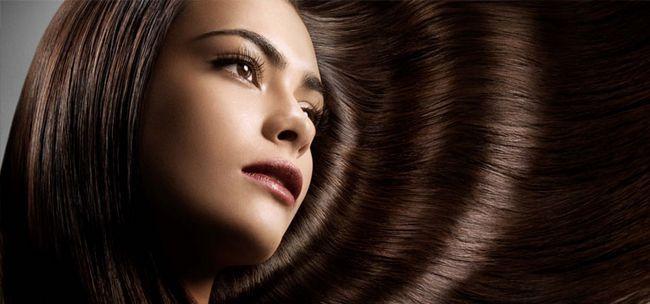Кератиновое бразильське випрямлення волосся
