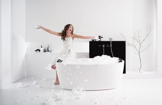 Чим чистити акрилову ванну в домашніх умовах? Вибираємо миючий засіб правильно