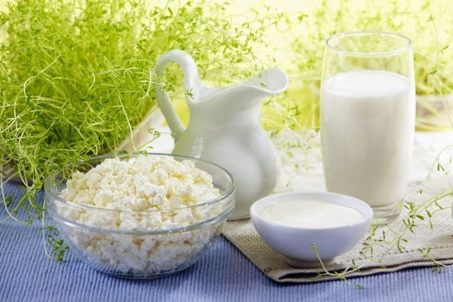 Чистка кишечника кислим молоком в домашніх умовах