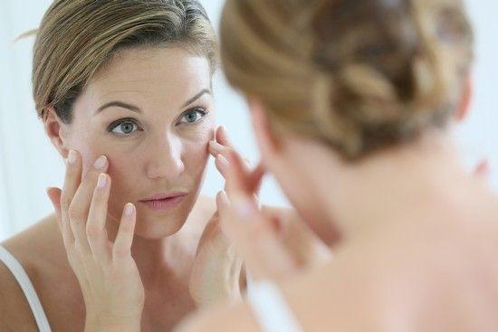 Дешеві аптечні засоби для омолодження обличчя, від зморшок навколо очей