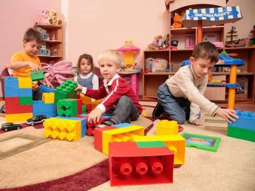 Дитячі центри і переваги раннього навчання