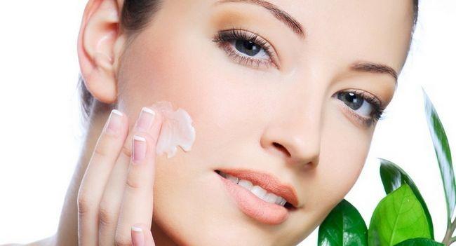 Домашній крем для обличчя від зморшок
