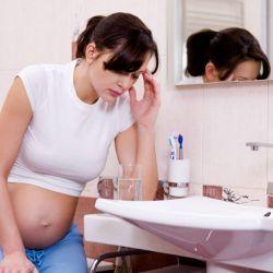 Фітотерапія проти блювоти і печії при вагітності
