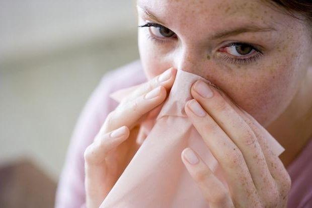 Можливі причини появи герпесу в носі і його наслідки