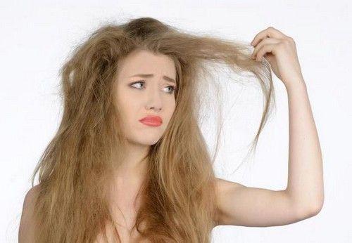 Гладкі і шовковисте волосся: як позбутися від небажаної пухнастості?
