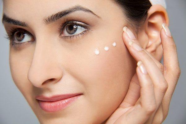 Використання сироватки для обличчя в косметології