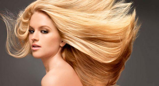 Як безпечно повернути свій натуральний колір волосся