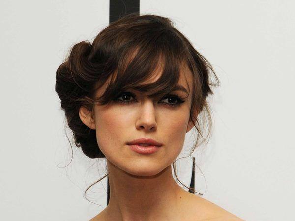 Як красиво заколоти волосся? Зачіска своїми руками для романтичного побачення: відео