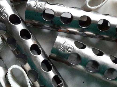 металеві бігуді