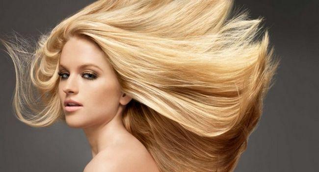 Як освітлити волосся вдома?