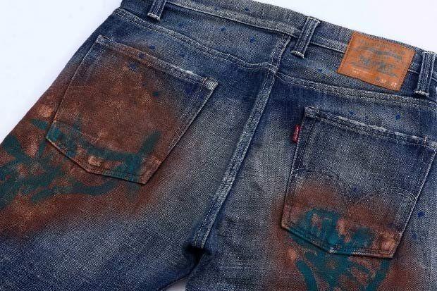 Як відтерти фарбу з джинсів?