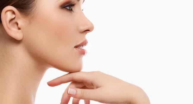Як підтягнути шкіру обличчя? Маски і вправи