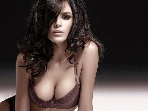 Як зберегти груди красивою