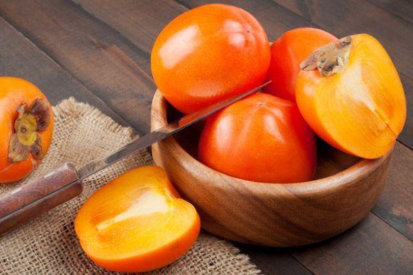 Які вітаміни є в хурмі?