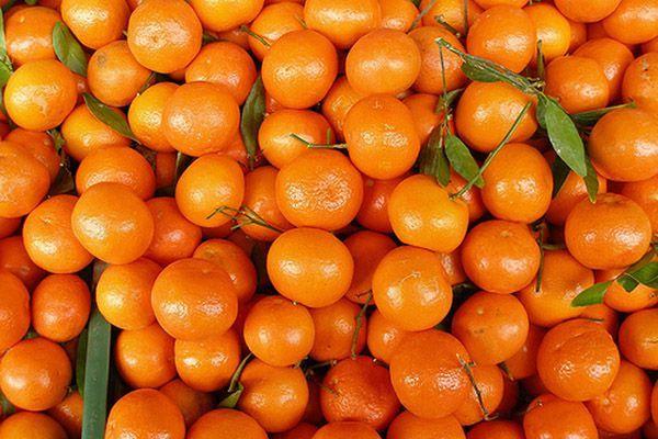 Які вітаміни містяться в мандаринах?