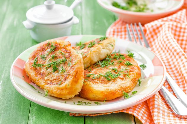 Картопляні зрази з грибами і сиром