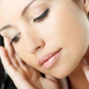 Косметика для жирної шкіри: рада косметолога з цього та інших питань