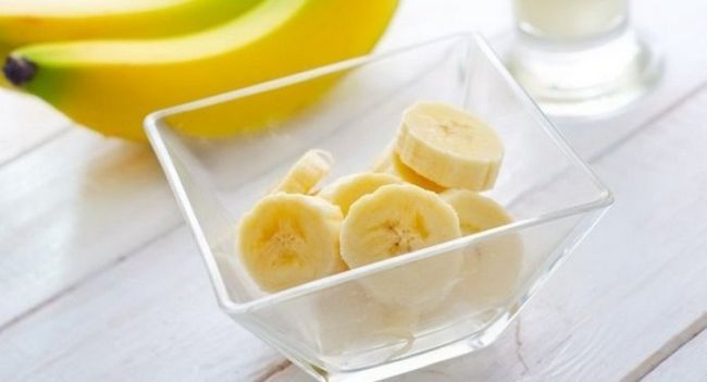 Маски з банана від зморшок: рецепти і властивості