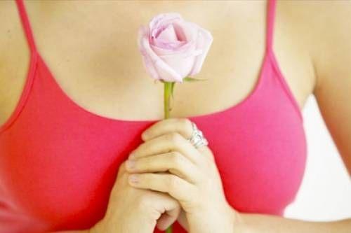 Міфи і реальність про збільшення грудей