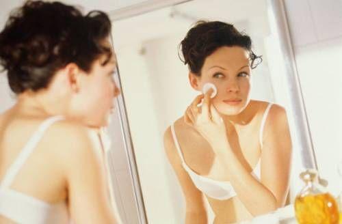 Очищення обличчя в домашніх умовах