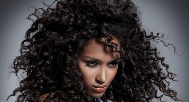 Особливості хімічної завивки на довге волосся