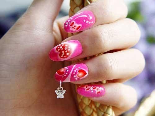 Пірсинг на нігтях