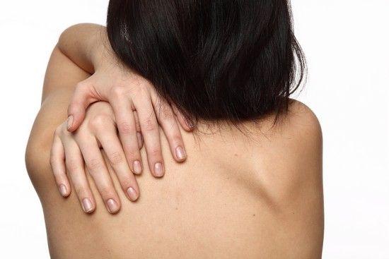Підшкірні жировики на тілі: як вони виглядають, причини появи, лікування