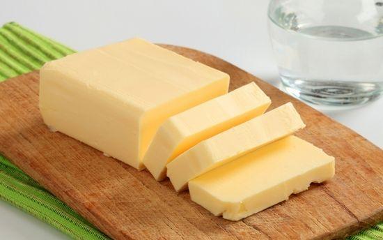 Користь і шкода вершкового масла різної жирності і якості