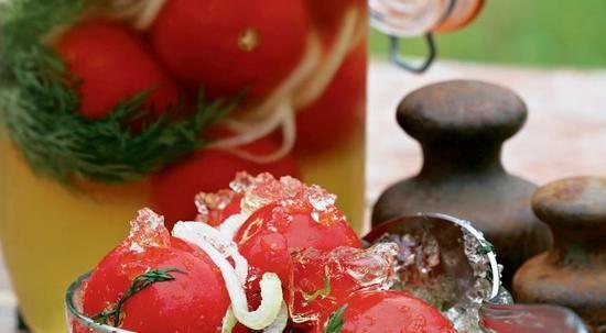Рецепт помідорів в желе на зиму
