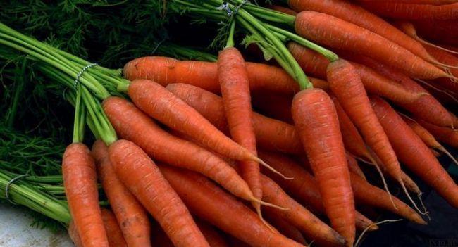 Рецепти морквяних масок від прищів