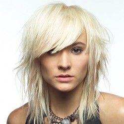 Стрижка каскад на середні волосся: кому підійде, як виконується, як виглядає