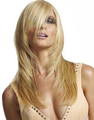Стрижка драбинка на довге волосся