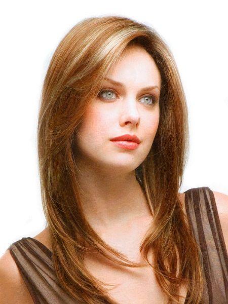 стрижка драбинкою на середні волосся