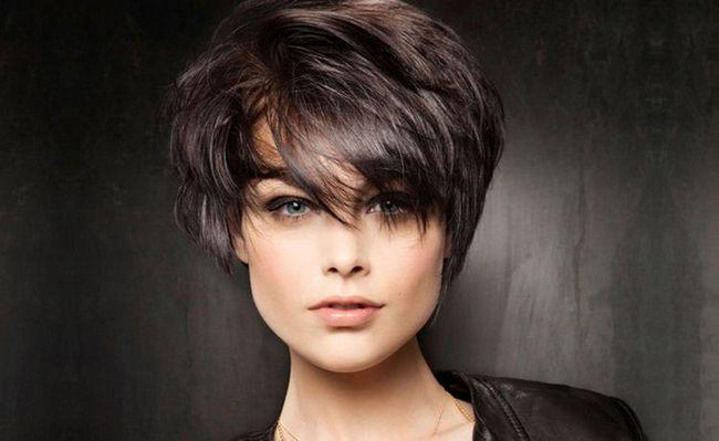 Стрижки на коротке волосся