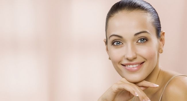 Прибираємо пігментні плями на обличчі після пологів