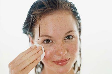 Дивовижні властивості ефірного масла пачулі для обличчя