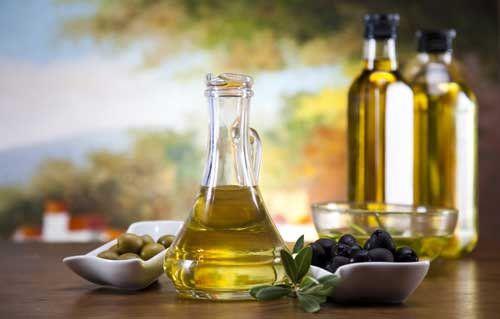 Унікальна властивість олії з плодів оливи: користь натщесерце