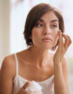 В якому віці варто замислюватися про більш ефективне догляді за шкірою обличчя?
