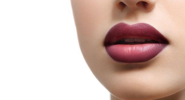 Чи можливе збільшення губ в домашніх умовах?