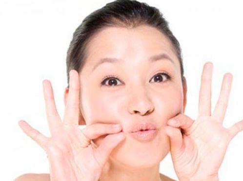 Гімнастика для губ