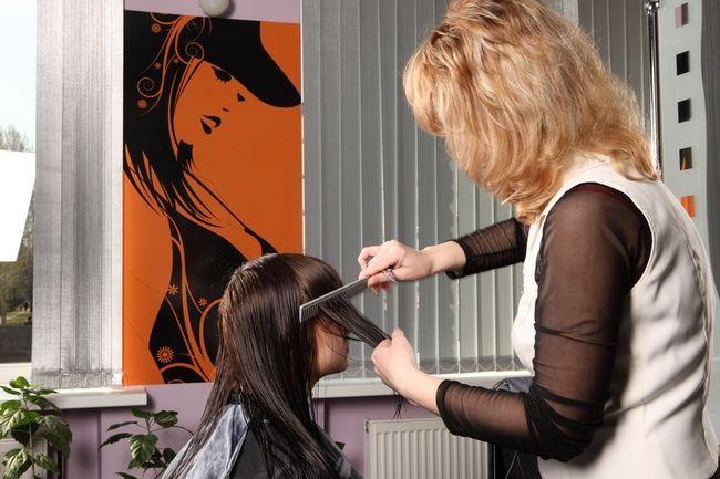 Ціна хімічного випрямлення волосся